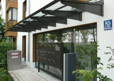 Duralin Leichtmetall GmbH Hauseingangsüberdachung
